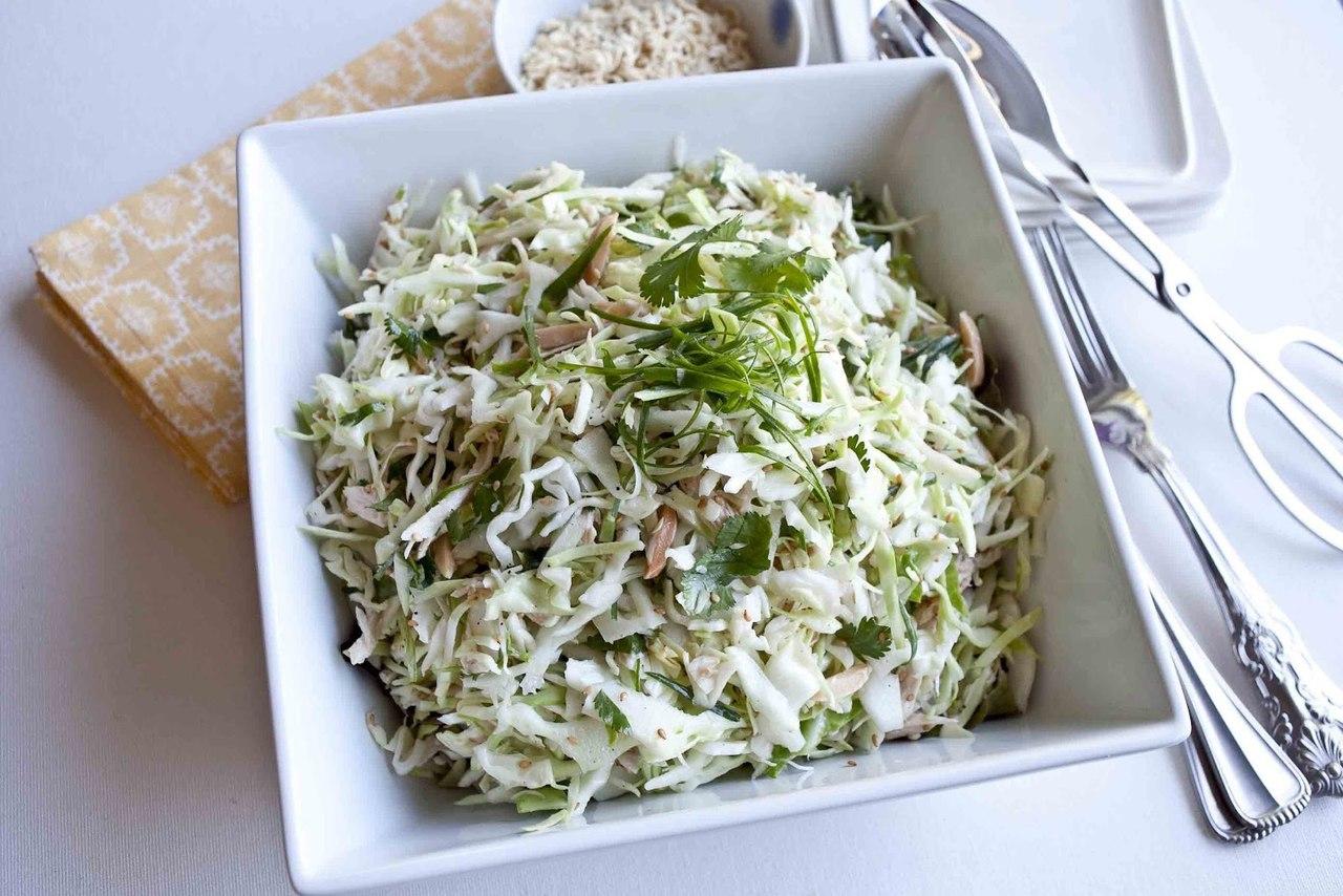 Салат с курицей в домашних условиях рецепт с капустой