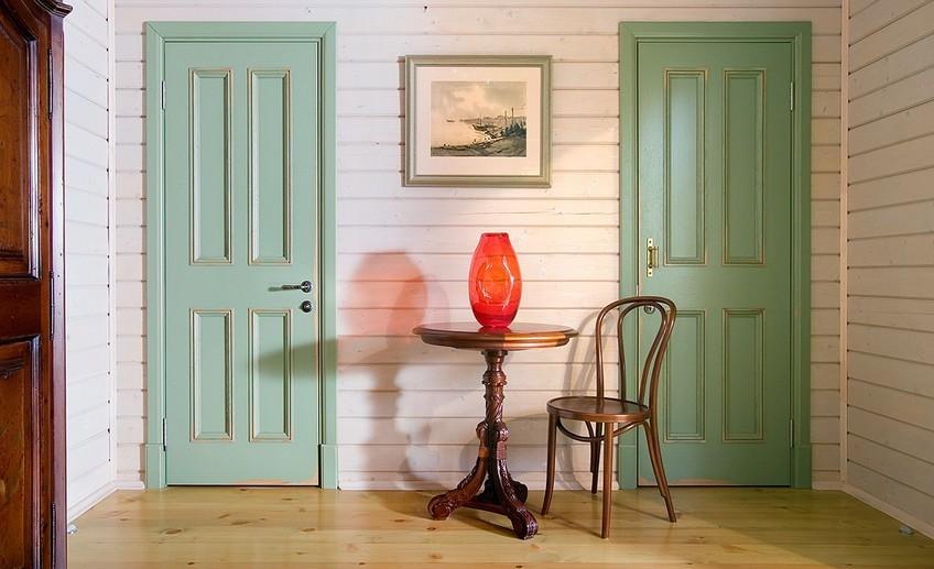 в какой цвет покрасить двери