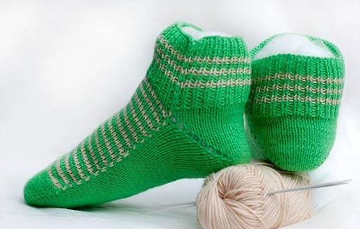 очень теплые и красивые женские носочки на двух спицах мастер класс