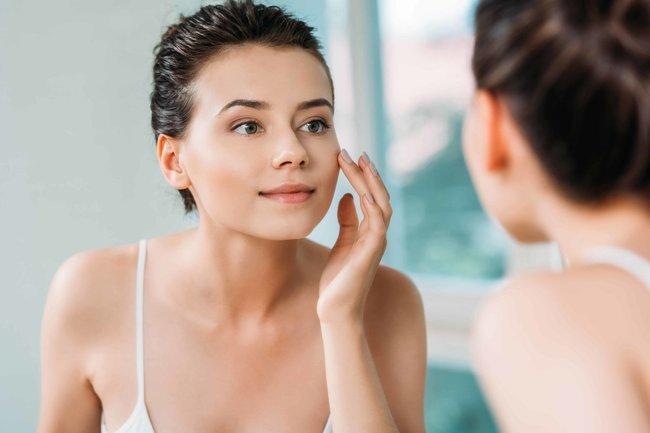 Почему стоит регулярно ухаживать за кожей лица?